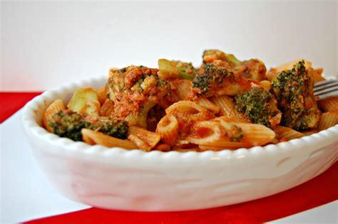 come cucinare pasta e broccoli pasta con broccoli e tonno ricetta facile e veloce