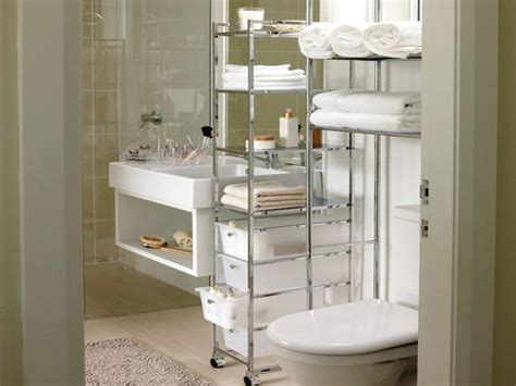 storage ideas for small apartment bathrooms