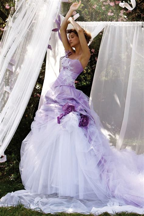 Colored Wedding Gown by 16 Alternative Colored Wedding Dresses Wedding Dresses
