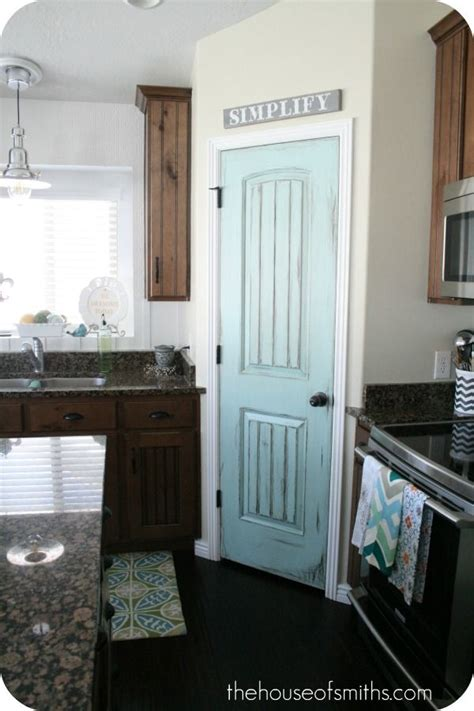 Accent Door Colors | paint the pantry door an accent color in love with this