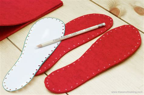 make slippers tutorial fancy felt soles for crocheted slippers the