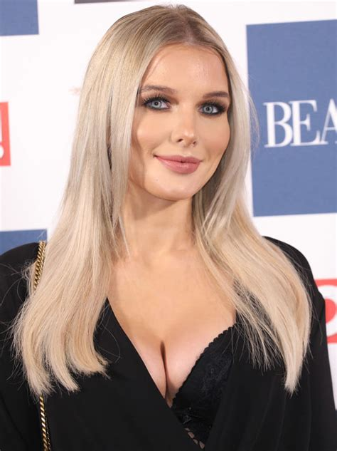 Helen Flanagan Wardrobe by Coronation S Helen Flanagan Suffers Wardrobe