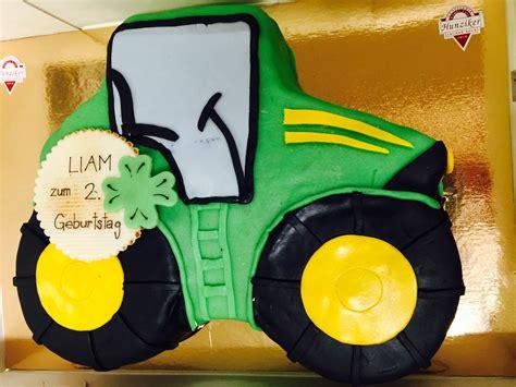 Hochzeitstorte Traktor by Traktor Torte Archer Beck