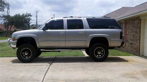 old car owners manuals 2007 chevrolet suburban 2500 seat position control service manual 2006 chevrolet suburban 2500 rear wheel removal 2006 chevrolet suburban 2500
