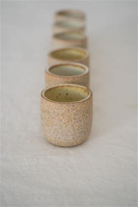 Stoneware Copita Soft Lemon Glaze / Natural Clay ? QUITOKEETO