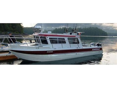 aluminum fishing boats best 9 best aluminum pilot house fishing boats images on