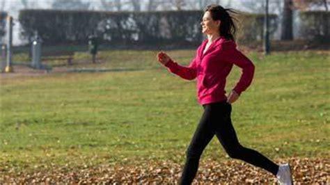 cara menurunkan berat badan dan perut buncit 9 jenis olahraga ringan untuk mengecilkan perut buncit