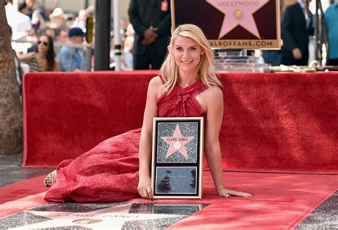 claire danes receives star on hollywood walk of fame with claire danes overwhelmed to receive star on hollywood