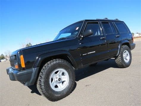 sell used 1999 jeep cherokee sport 4x4 4 0 6cyl new 31 quot tires 2 quot lift clean history sharp in