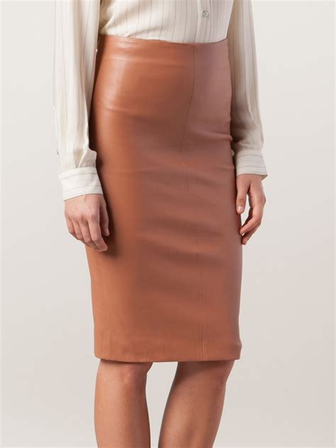 brunello cucinelli leather pencil skirt in pink pink