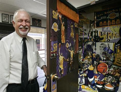 Lakers superfan spends $900 for a Shaq shoe ? Orange County Register