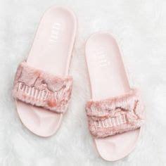 Sandal Fur Slide Fenty Rihana Pink norafash deck khaki sweatshirt styled with the fenty fur slides f a s h i o n