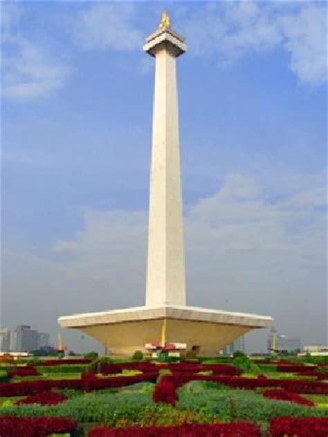 monas picture of national monument monas jakarta tripadvisor