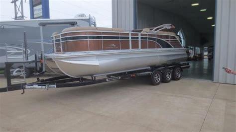 boats for sale in dubuque iowa bennington gsr boats for sale in dubuque iowa