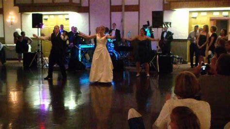 tutorial flash mob beat it wedding flash mob michael jackson beat it youtube