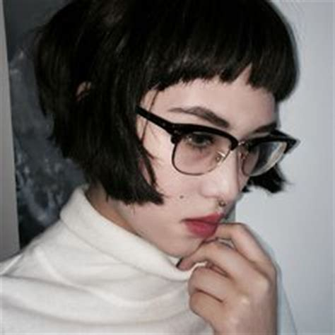 pixie cut with bangs glasses google search hair styles shorn nape with baby bangs adventurous with a bowl cut
