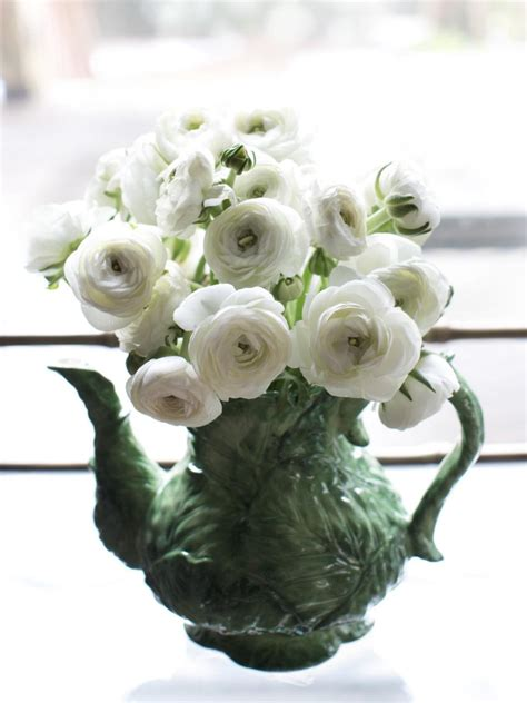 How To Interior Decorate Your Own Home spring flower arrangements hgtv