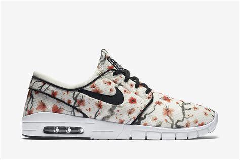 Sepatu Nike Stefanjanosky Max Pria nike sb stefan janoski max cherry blossom sneaker bar detroit