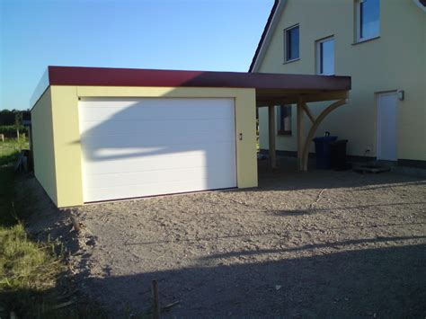 Carport Neben Haus by Garagen Carport Kombination Als Fertiggarage