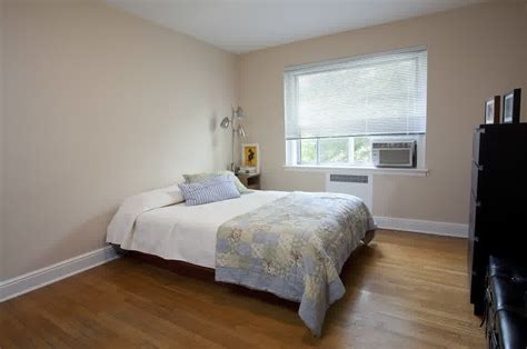 can you have a bedroom without a window decorating beds without headboards homesfeed