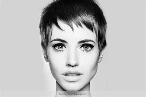 growing hair from pixie style to long style how to grow out a pixie the hair journey pixie haircut