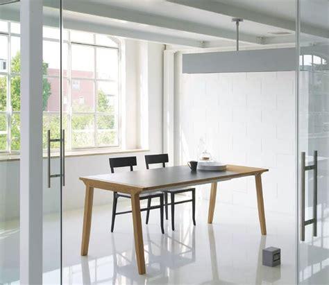tavoli sala da pranzo allungabili tavolo allungabile con piano in legno per sala da pranzo