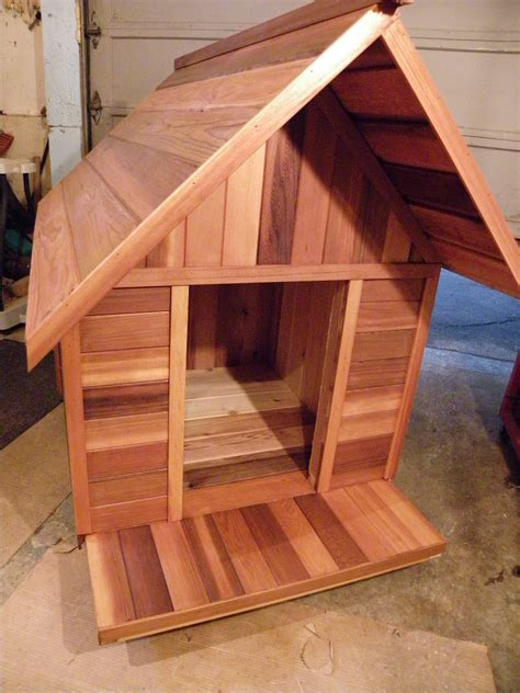 cedar dog houses best rate cedar