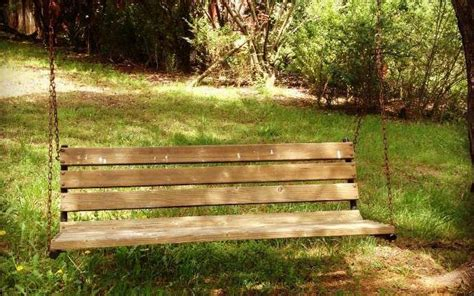pallet swing bench pdf diy pallet porch swing plans download outdoor chair