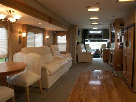 sleeper trucks with bathrooms luxury sleepers for big rigs autos post