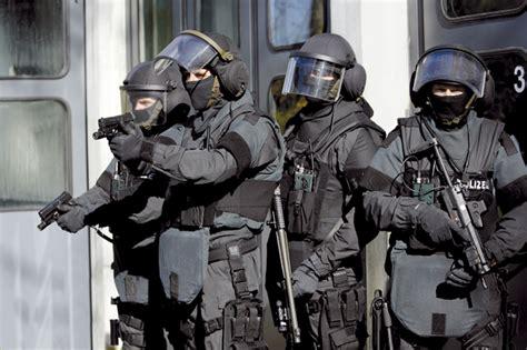 Bewerbung Polizei Thueringen spezialisten des lka th 252 ringen 532 mal im einsatz sek
