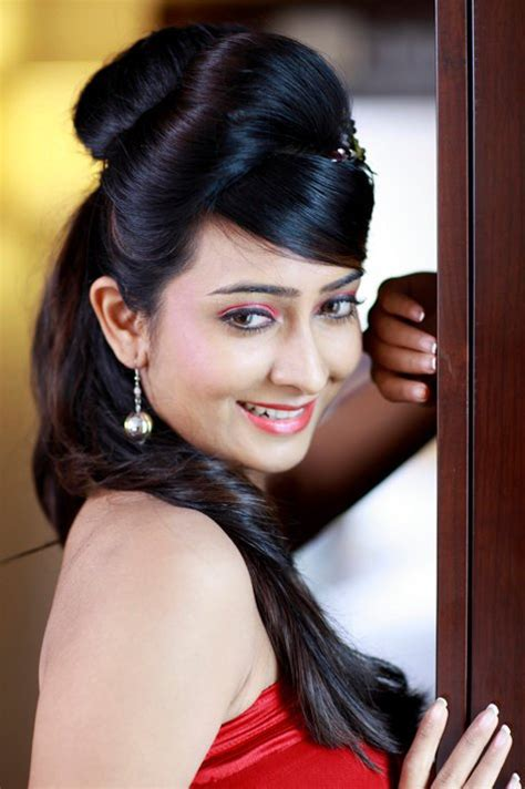 biography meaning in kannada kannada actress radhika pandit ರ ಧ ಕ ಪ ಡ ತ hot pics