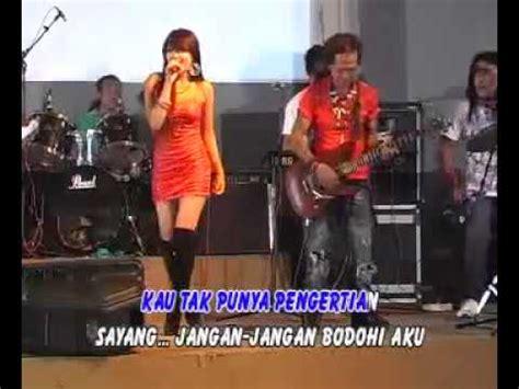 download mp3 dangdut via valen sayang monata via valen mp3 video download stafaband