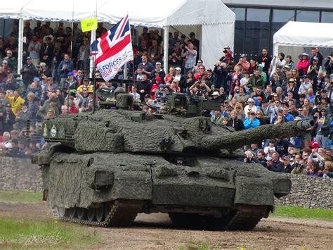 challenger 2 in challenger 2 in quot thermal pyjamas quot at tankfest 2016 the