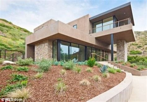 Flea For House by Property For Sale Chili Peppers Guitarist Flea