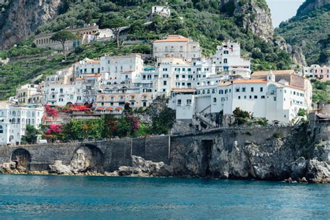 hydrofoil boat amalfi coast taking the ferry from salerno to amalfi and positano an
