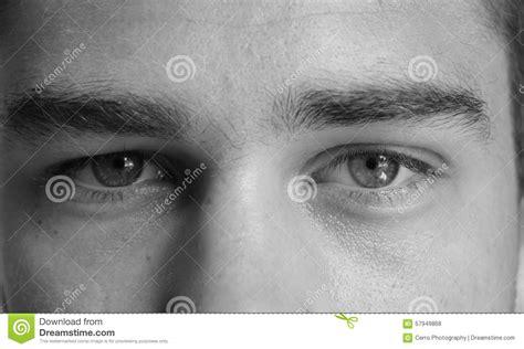 imagenes en blanco y negro de ojos ojos de un hombre blanco y negro foto de archivo imagen