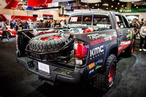 Toyota Tacoma Cing Toyota Unveils 2017 Tacoma Trd Pro Race Truck Equipment