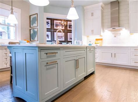 81 best images about kitchen cabinets by color az on paint colors islands