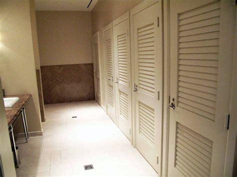 commercial bathroom doors supa doors louver doors vented non vented laundry