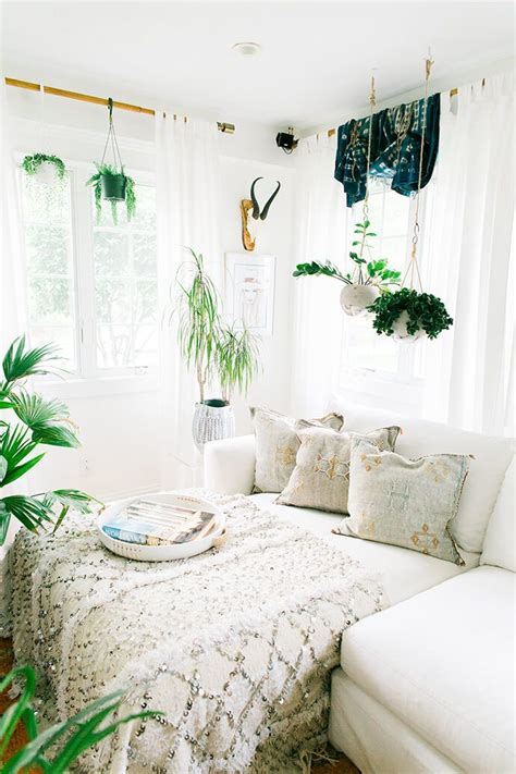 White Bohemian Bedroom Decor by These Bohemian Bedrooms Will Make You Want To Redecorate