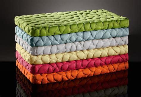 materasso per bambini spazio bimbi arredamento colorato sicuro e funzionale