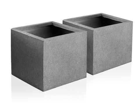 Drilled Bung Medium Size 25cm terracotta fibrecotta kadamus cube planter in