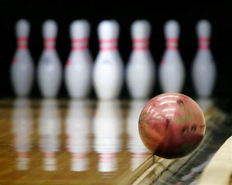 Bowling In Collegian Features Bowling For On The Cheap