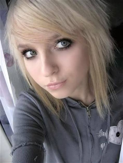emo hairstyles for fine hair this my edgy emo hair cut everything pinterest