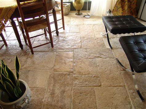 pavimenti antichi in pietra pavimenti in pietra antichi prodotti lacole casa italiana