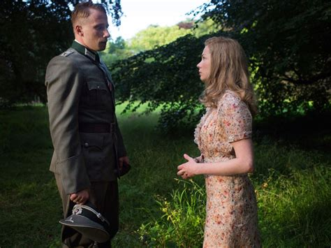 matthias schoenaerts la suite francaise photo de michelle williams suite fran 231 aise photo