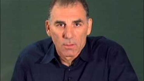 Seek Apology From Michael Richards by Kramer Apologizes Says He S Not Cbs News