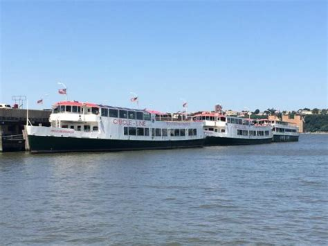 circle boat tours nyc circle line cruises picture of circle line cruises new