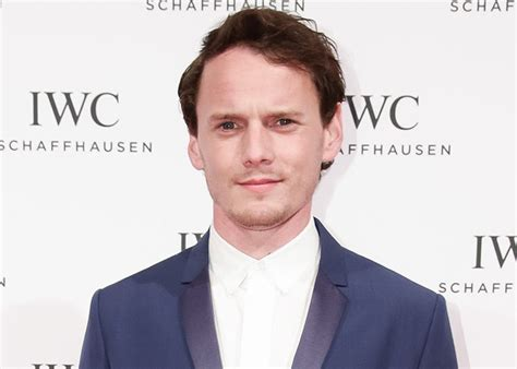 anton yelchin health condition parents of dead hollywood star anton yelchin to sue car firm