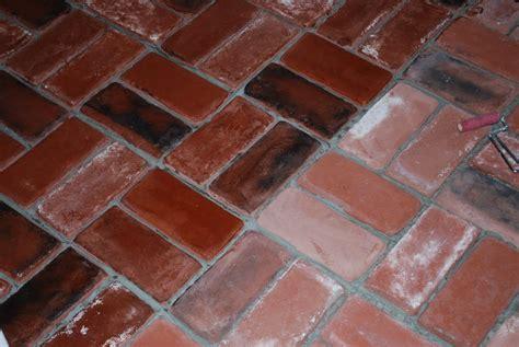 Brick Flooring Tile by Brick Vinyl Floor Tile Ourcozycatcottage Ourcozycatcottage
